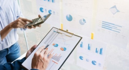 What are the benefits of a business valuation?